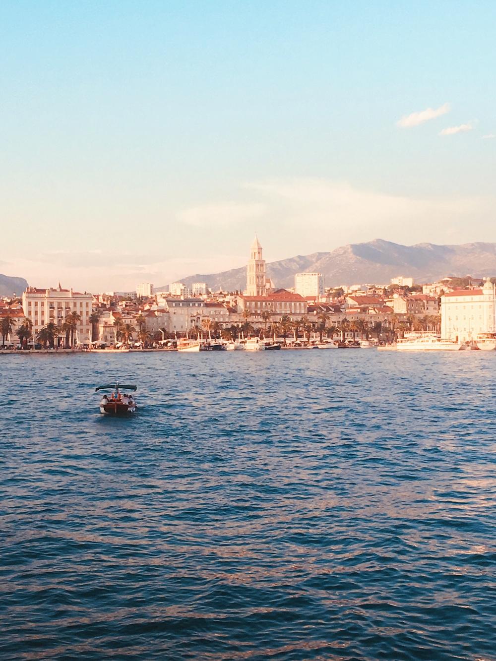 Split Port, Copyright Arte Explores